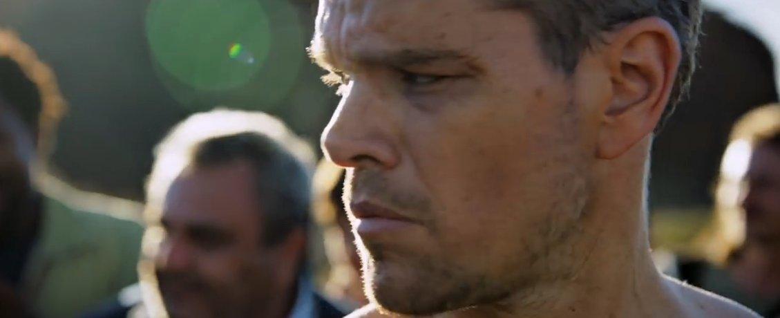 Jason Bourne (2016) online ke shlédnutí.
